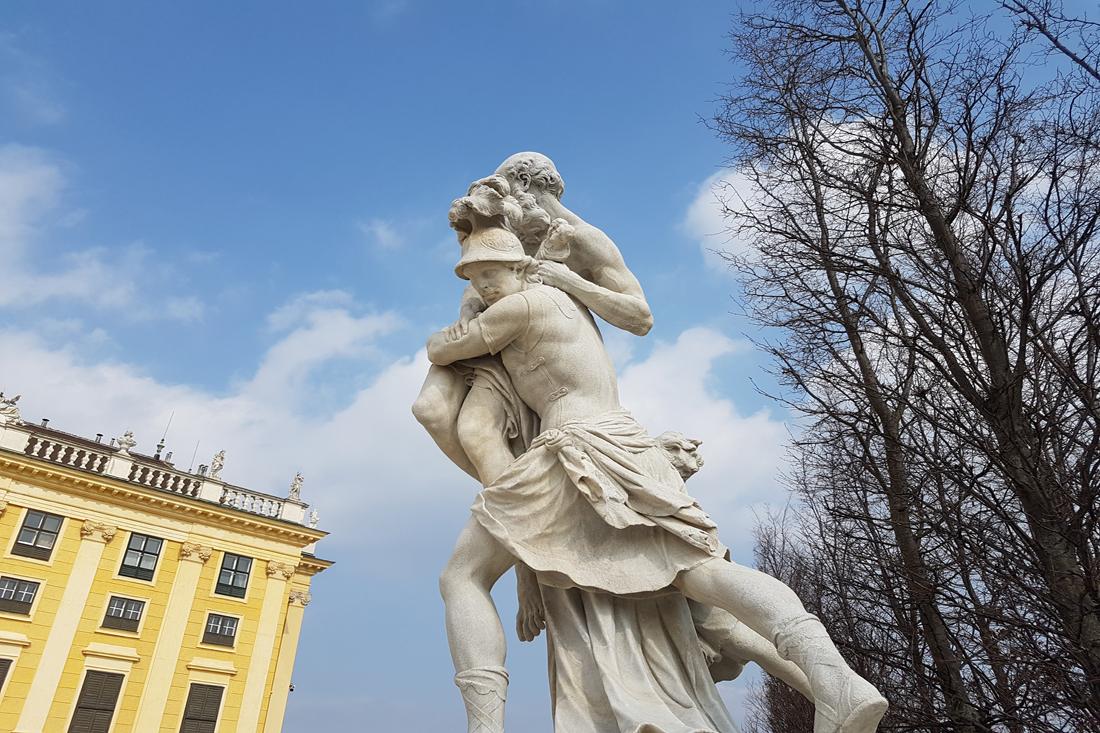 Skulptur Schoennbrunn Wien Park